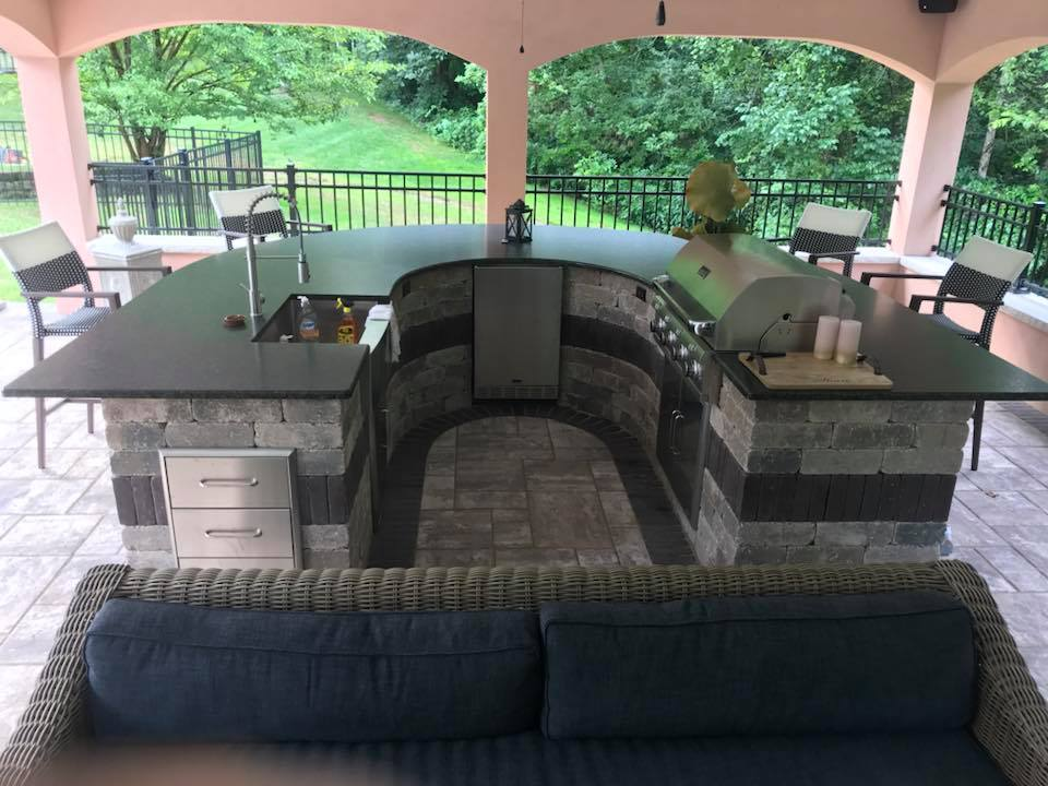 Gray Outdoor Kitchen Hardscape