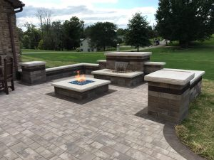 Outdoor fireplace hardscapes Near Ashland OH.
